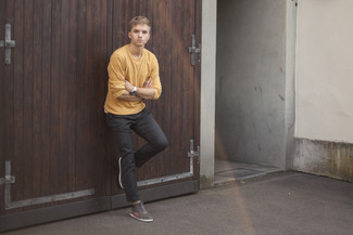 How to wear: mustard crew-neck sweater, charcoal chinos, grey suede high top sneakers