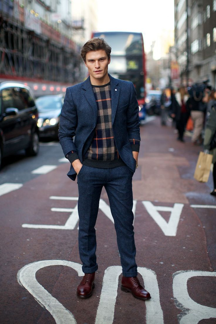 How To Wear Navy Dress Pants With a Navy Crew-neck Sweater | Men's ...