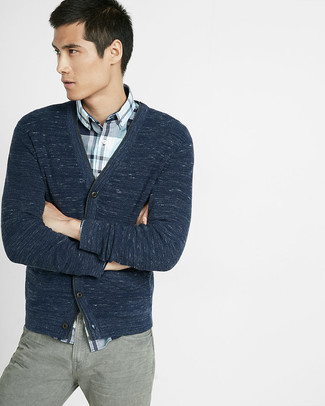 How to wear: navy cardigan, white and navy plaid long sleeve shirt, grey jeans