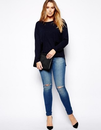 How to wear: navy crew-neck sweater, blue ripped skinny jeans, black suede pumps, black leather clutch