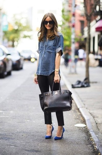Navy denim shirt black leggings blue pumps black tote bag large 899