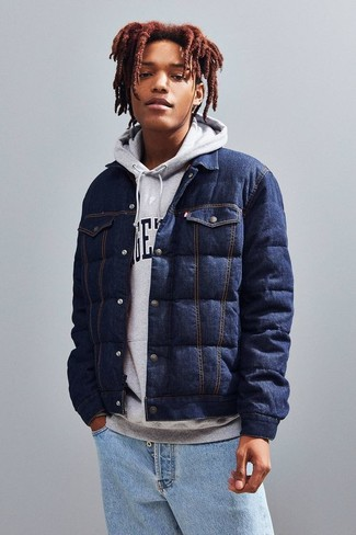 How to wear: navy quilted denim shirt jacket, grey print hoodie, light blue jeans