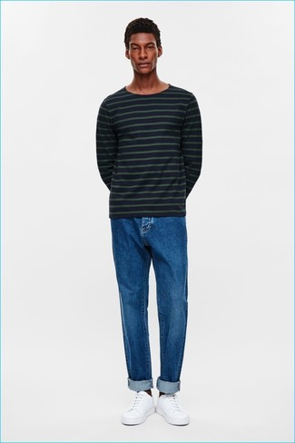 Look awesome without really trying in a Paul Smith Ps By Fine Striped Knitted Jumper and blue jeans. Consider white leather low top sneakers as the glue that will bring your look together. It goes without saying that this one makes for a great, spring-friendly combination.