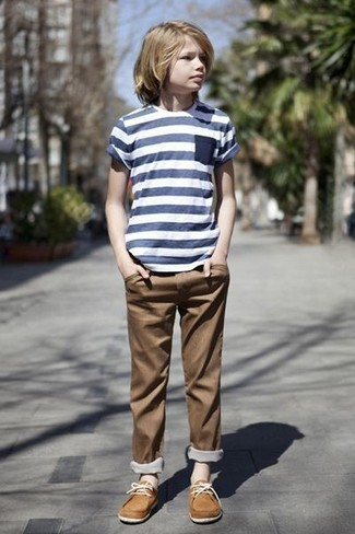 How to wear: navy horizontal striped t-shirt, brown trousers, tan boat shoes