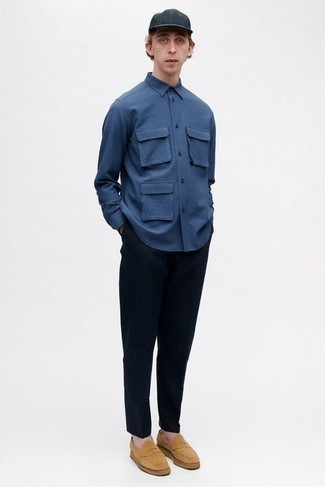 500+ Summer Outfits For Men: This casual combination of a navy long sleeve shirt and navy chinos is a fail-safe option when you need to look neat and relaxed in a flash. If you want to feel a bit fancier now, introduce a pair of tan suede loafers to the equation. When sunny days set in you're looking for an outfit to keep you fresh and on-trend –– this outfit is just the one you need.