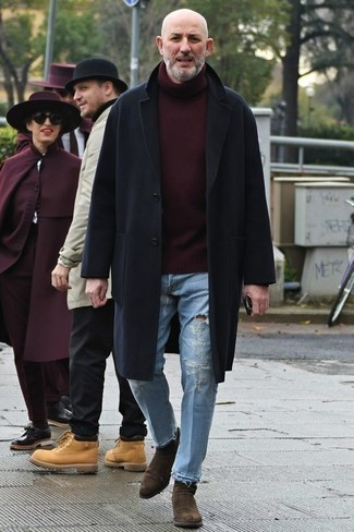Tobacco Chelsea Boots with Jeans Outfits For Men After 50: Dress in a navy overcoat and jeans if you seek to look cool and relaxed without spending too much time. If you wish to effortlessly spruce up this look with shoes, why not introduce a pair of tobacco chelsea boots to the equation? Think you can't pull off modern casual dressing as you pass the big 5-0? This pairing is a vivid demonstration of otherwise.