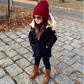 How to Wear Black Leggings For Girls: Suggest that your child wear a navy parka and black leggings for a laid-back yet fashion-forward outfit. Brown boots are a good choice to finish this style.