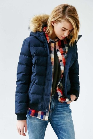How to wear: navy puffer jacket, red check flannel dress shirt, charcoal crew-neck t-shirt, blue skinny jeans