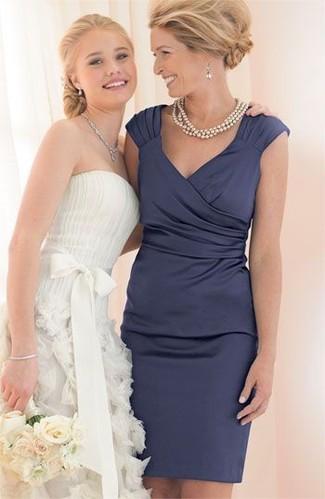 How to wear: navy satin sheath dress, beige pearl necklace, silver earrings
