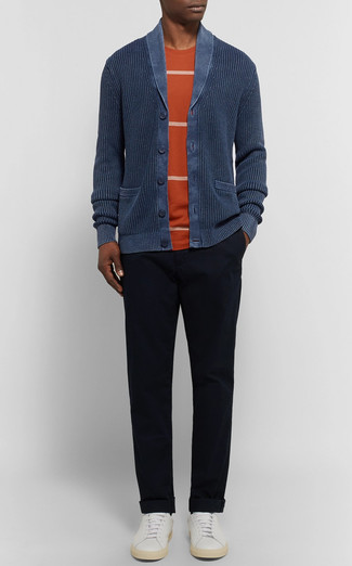 Rock a Polo Ralph Lauren men's Carded Cotton Shawl Cardigan with black chinos to look classy but not particularly formal. White leather low top sneakers will give your look an on-trend feel. An amazing example of transitional fashion, this look is a staple when spring sets it.