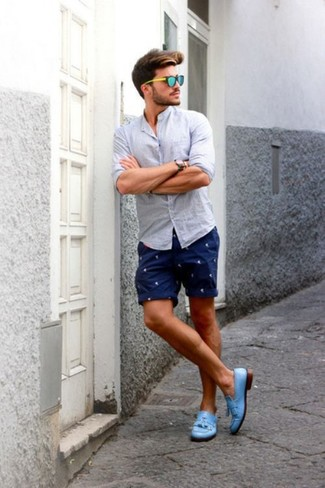 https://cdn.lookastic.com/looks/navy-shorts-and-light-blue-leather-tassel-loafers-and-light-blue-longsleeve-shirt-large-409.jpg