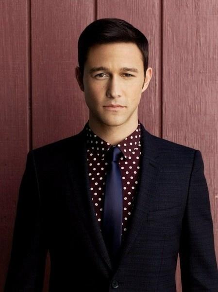 How to Wear a Burgundy Polka Dot Dress Shirt (2 looks) | Men's Fashion