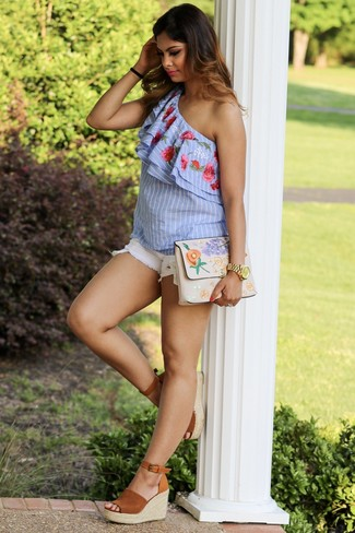 How to wear: light blue vertical striped off shoulder top, white denim shorts, tobacco suede wedge sandals, beige embroidered clutch