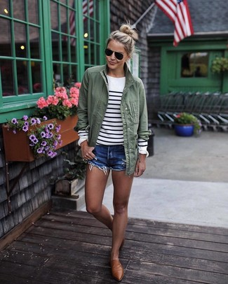How to wear: olive anorak, white and black horizontal striped crew-neck sweater, blue denim shorts, brown leather loafers