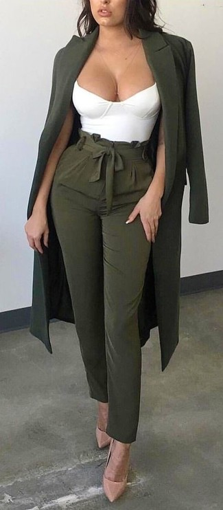 How to wear: olive coat, white cropped top, olive tapered pants, beige leather pumps