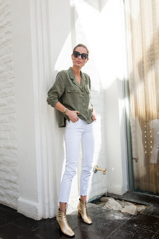 How to wear: olive denim shirt, white jeans, gold leather ankle boots