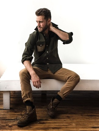 Consider wearing an army green long sleeve shirt and khaki chinos for a Sunday lunch with friends. Brown leather casual boots will add elegance to an otherwise simple ensemble. This getup is great for awkward fall weather.
