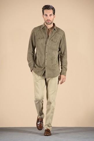 This combination of an olive long sleeve shirt and khaki chinos is perfect for off-duty occasions. Smarten up your outfit with brown leather loafers. An outfit like this is just what you need to get in the mood for this summer fashion season.
