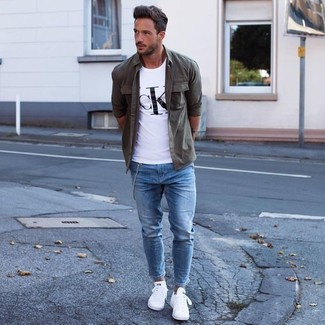 Consider wearing an army green button-down shirt and blue skinny jeans to create a great weekend-ready look. A pair of white low top sneakers will seamlessly integrate within a variety of outfits.