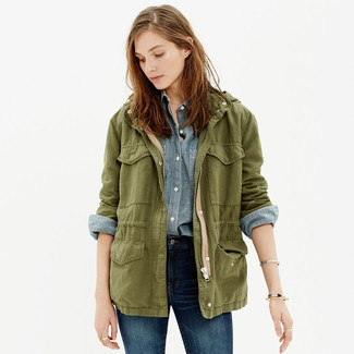 How to wear: olive military jacket, light blue chambray dress shirt, navy skinny jeans