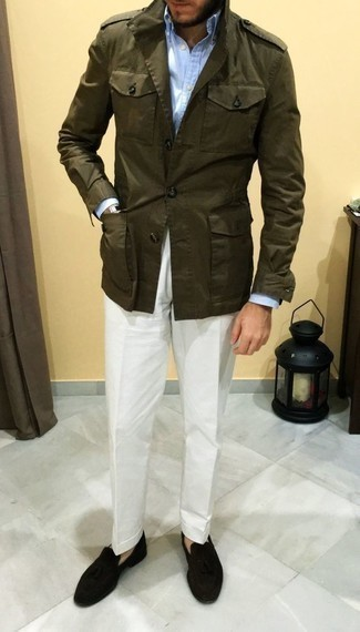 How to Wear an Olive Military Jacket For Men: An olive military jacket and white chinos are a good getup worth having in your casual styling lineup. Kick up the formality of this ensemble a bit by finishing with a pair of black suede tassel loafers.