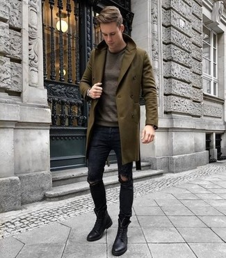 How to Wear a Brown Crew-neck Sweater For Men: A brown crew-neck sweater and black ripped skinny jeans are a cool outfit formula to have in your off-duty closet. You could perhaps get a bit experimental in the shoe department and smarten up this look by rounding off with a pair of black leather casual boots.