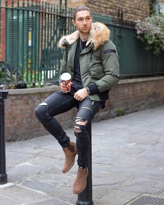 How to wear: olive puffer jacket, black crew-neck t-shirt, black ripped skinny jeans, tan suede chelsea boots