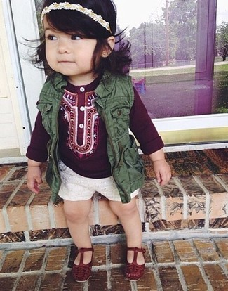 How to wear: olive vest, burgundy long sleeve shirt, white shorts, burgundy ballet flats