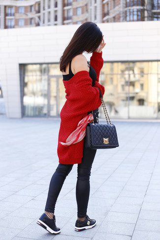 How to wear: red knit open cardigan, black bustier top, black leather skinny jeans, black leather low top sneakers
