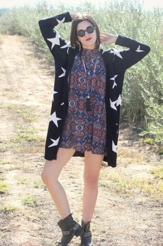Women's Black and White Print Open Cardigan, Navy Print Casual Dress, Black Studded Leather Ankle Boots, Black Sunglasses