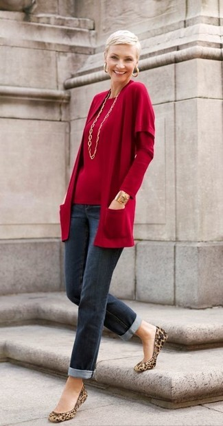 If you're facing a fashion situation where comfort is prized, pair an oxblood open cardigan with navy jeans. A pair of tan leopard suede ballerina shoes fits right in here. You can bet this ensemble will be your favorite thing come fall.