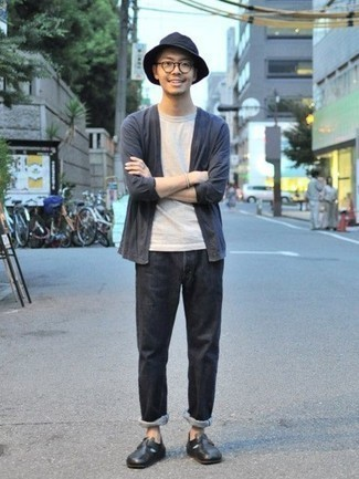 How to Wear a Bucket Hat For Men: If you're facing a fashion situation where comfort is critical, rock a navy open cardigan with a bucket hat. And if you need to instantly lift up your look with shoes, why not throw black leather loafers into the mix?