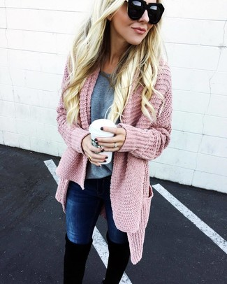 Grey Crew neck T shirt with Hot Pink Cardigan Outfits For