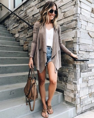 How to wear: grey open cardigan, white lace tank, blue denim shorts, brown leather thong sandals