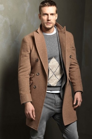 Something as simple as teaming a camel overcoat with INC International Concepts Jeans Ciro Skinny Jeans can potentially set you apart from the crowd. When it comes to dressing for the winter season, this outfit is what you need.
