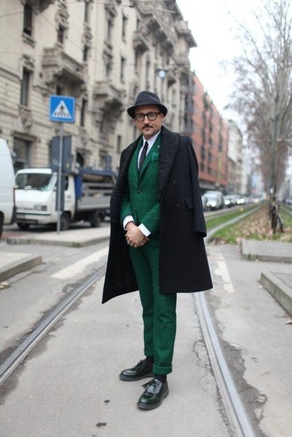 How To Wear Dark Green Dress Pants With a White Dress Shirt ...