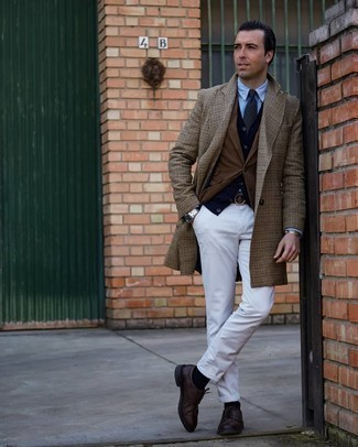 Brown Houndstooth Overcoat Outfits: This semi-casual combo of a brown houndstooth overcoat and white jeans is super easy to pull together without a second thought, helping you look dapper and ready for anything without spending too much time combing through your closet. Let's make a bit more effort with footwear and make dark brown leather derby shoes your footwear choice.