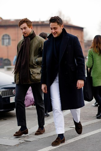 Socks Dressy Outfits For Men: To assemble a casual outfit with an urban take, marry a navy overcoat with socks. For footwear, you can take a classier route with dark brown suede tassel loafers.