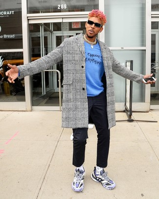How to wear: white and black houndstooth overcoat, blue print crew-neck sweater, black chinos, light violet athletic shoes