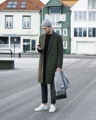 How to Wear a Grey Scarf For Men: For a look that's pared-down but can be manipulated in a myriad of different ways, marry a dark green overcoat with a grey scarf. White leather low top sneakers are the perfect accompaniment to this outfit.