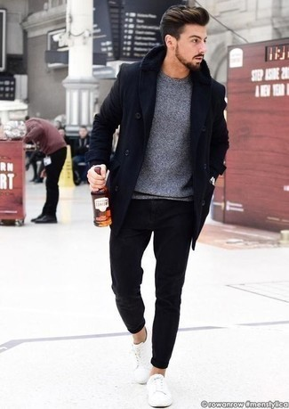 How to Wear a Grey Crew-neck Sweater For Men: A grey crew-neck sweater and black jeans are a great getup that will effortlessly take you throughout the day. White canvas low top sneakers look awesome here.
