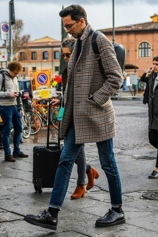 Black Leather Backpack Outfits For Men: For a casual ensemble without the need to sacrifice on functionality, we turn to this combo of a camel houndstooth overcoat and a black leather backpack. And if you need to instantly step up your look with shoes, complete this outfit with a pair of black leather derby shoes.