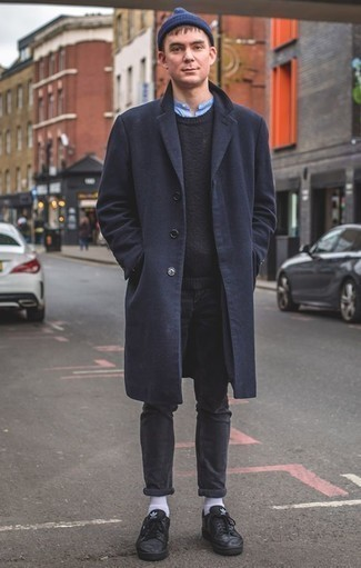 How to Wear a Navy Crew-neck Sweater For Men: Putting together a navy crew-neck sweater and charcoal jeans will hallmark your expertise in men's fashion even on lazy days. Our favorite of a ton of ways to complement this look is with a pair of black leather low top sneakers.