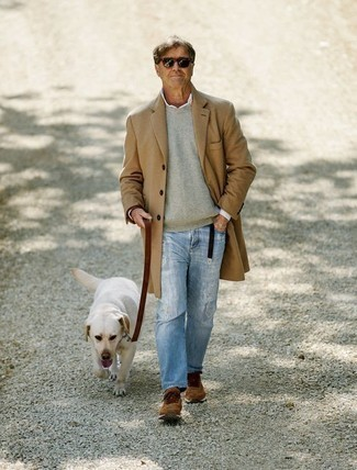 How to Wear a Belt For Men: For an outfit that provides function and fashion, opt for a camel overcoat and a belt. Dial up this outfit by wearing brown athletic shoes.
