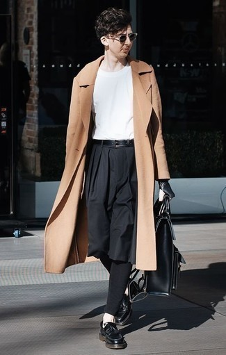 How to Wear Black Leather Tassel Loafers: Breathe personality into your day-to-day fashion mix with a camel overcoat and black chinos. To add a little fanciness to this look, complete your outfit with a pair of black leather tassel loafers.
