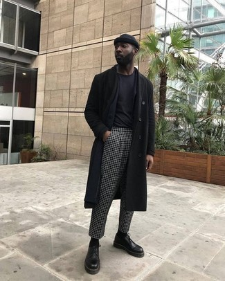 Black Beanie Outfits For Men: This combination of a black overcoat and a black beanie is proof that a simple casual look can still be seriously sharp. Black leather derby shoes are a surefire way to infuse a dose of sophistication into your getup.