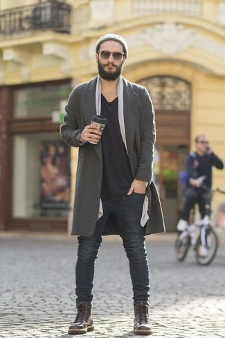 Which Overcoat To Wear With Dark Brown Casual Boots: Pairing an overcoat with charcoal jeans is an on-point idea for an effortlessly classic menswear style. Introduce a pair of dark brown casual boots to the mix and ta-da: the ensemble is complete.