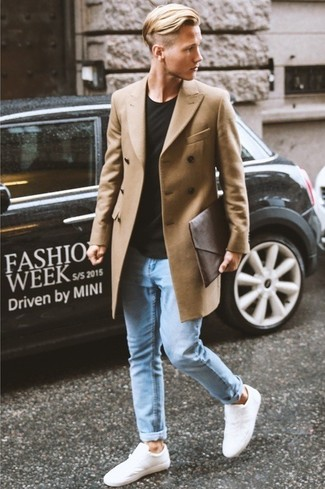How to wear: camel overcoat, black crew-neck t-shirt, light blue skinny jeans, white low top sneakers