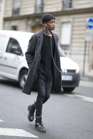 How to Wear Charcoal Skinny Jeans For Men: Consider wearing a charcoal overcoat and charcoal skinny jeans to showcase your styling smarts. If you're hesitant about how to round off, make black leather casual boots your footwear choice.