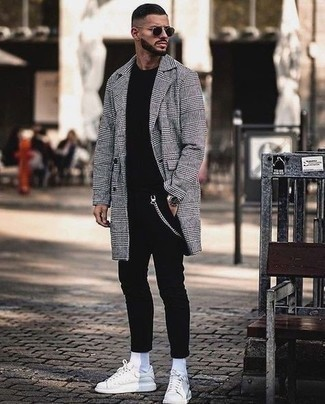 Black Skinny Jeans Outfits For Men: Rock a grey plaid overcoat with black skinny jeans to achieve new levels in outfit coordination. For shoes, you can stick to the casual route with white leather low top sneakers.